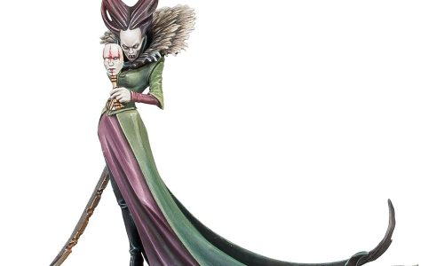 Conozcamos a la esbelta y elegante vampiresa Lady Annika